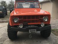Completely restored 1973 Ford Bronco.  Crate 427 c.i.