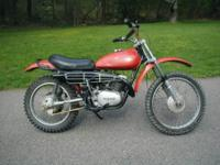 1973 Yamaha DT-3 250 Enduro dirt/trail bike. 250cc 2