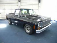 CUSTOM SHOW TRUCK ! 1974 Chevrolet C10 Regular Cab with