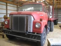Truck has 549 cid gas engine,278,000 miles.trailer has