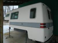 1974 Ford American Road Camper. 11 1/2 feet. 1 piece,