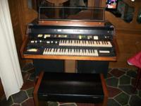 1974 Hammond XTP Electric Body organ w / Bench & & All