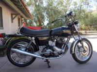 Selling 1974 Norton Commando 850 in really good initial