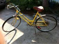Selling my 1974 schwinn collegiate. She's ready to ride