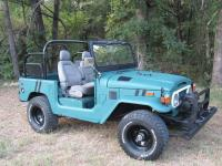 1974 Toyota Land Cruiser FJ40 Convertible Restored.