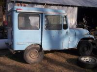Old Mail Jeep Motor runs with new carburetor. Needs