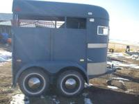 2 Horse Imperial Trailer, good condition, good tires