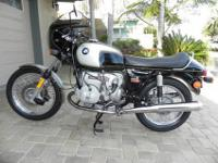 This is a very well maintained classic 1976 Bmw r90s