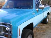 Beautiful shape California truck Chevy 1976 camper