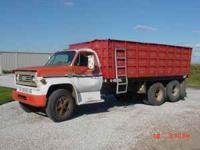 1976 Chevy C60, 18' Omaha Standard box, Harsh hoist,