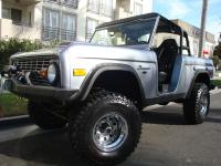 1976 Ford Bronco Convertible Sport Utility 4WD 5.0 V8