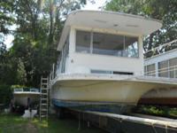 1976 Gibson 36 House Boat 5.7 Mercruiser IB Family