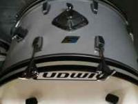 "I'm selling a 4 piece ""Zepplin Style"" 1976 Ludwig"