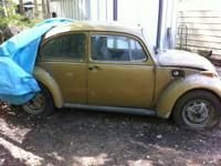 """Barn find"" 1976 Beetle. Has heavy front end damage but"