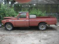 1976 TOYOTA PICK UP TRUCK 4 cylinder motor original
