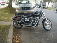 Fully custom 1976 Triumph street tracker. This started