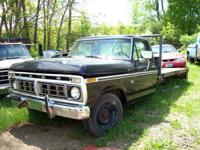 Ford F250 whole or part PARTS Good Cab - small whole in