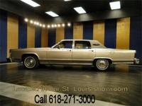 Nice 1978 Lincoln Town Car Continental in very good