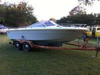 1978 Sea Ray open bow w/walk-thru windscreen. Title