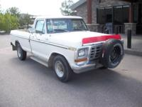 This 1979 Ford F-250 Ranger features a V8 cyl Gasoline