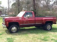 I'm selling a very nice classic truck. Newer paint