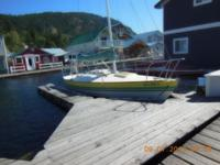 1979 J-24 sailboat outstanding condition found in