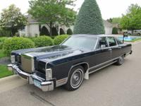 "This 1979 Lincoln Continental 4 door ""Collectors"