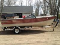 1979 Lund VFR 17 ft boat with 1989 Mercury 100hp power