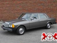 1979 Mecedes Benz 300D. This is a nice running diesel
