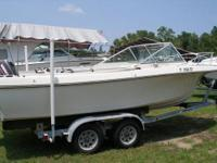 For sale is a 1979 Wellcraft 21? cuddy cabin in great