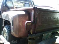 1980 chev brief bed step side with 350 engine. engine