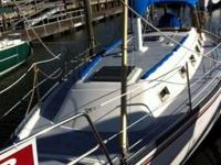 Automobile: Watercraft. VIN: HUN36069M80J. Features