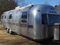 This is a really great Airstream Excella 2 camper. This