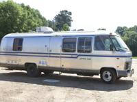 1981 AIRSTREAM EXCELLA LA CLASS A MOTOR HOME.. 28 FEET