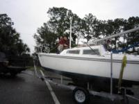 1981 Catalina 22 Sailboat/swing keel/ $5000 new