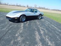 1981 Chevrolet Corvette, 350 V8, Automatic, Power