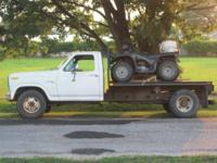 For Sale: 1981 F350 1 ton flatbed Truck runs and drives