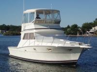 1982 35' VIKING SPORTFISH, EXCELLENT CONDITION INSIDE &