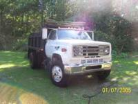 1982 GMC dump truck, 5 speed, 7 yard dump, 61,080