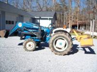 1982 Ford 1900 Tractor. 4X4, 26 Hp, 3cyl diesel engine