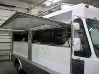 1982 Chevrolet P-30 Union Food Truck. 1982 Chevrolet