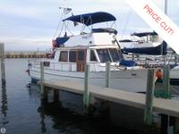 1983 Chien Haw 35 Hampton Two cabin Trawler with a