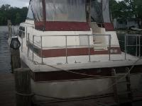 - Stock #081390 - This is a 1983 'Trojan 36 Tri-Cabin.