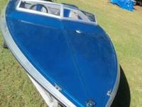 1983 Checkmate  Predictor 17 ft speedboat for sale. Has