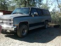 84 chevy suburban k20 4x4 v8 350 -31,000 on new motor