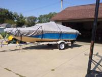 1984 Chris craft great running boat. Has new altinator,