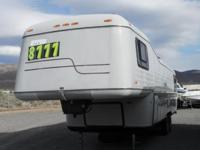 1984 Newmar London Aire 5th Wheel In GREAT SHAPE! Would