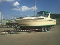 Sea ray 270 for sale it has a new motor 454 with 96hrs
