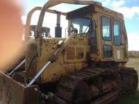 1984 D6D Cat Dozer, factory heat/air, winch in good
