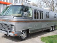 Here it is folks... a classic 1985 Airstream class A